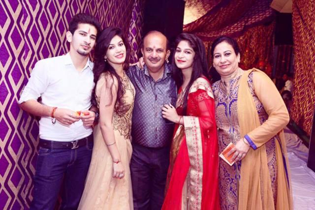 Bandgi Kalra Family