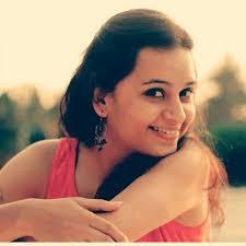 Parna Pethe Twitter