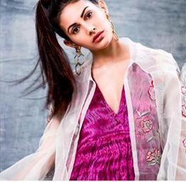 Amyra Dastur Instagram
