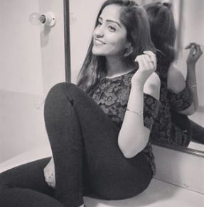 Asees Kaur Instagram