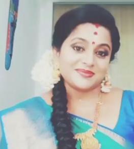 Veena Nair Instagram
