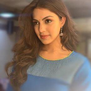 Rhea Chakarborty Twitter