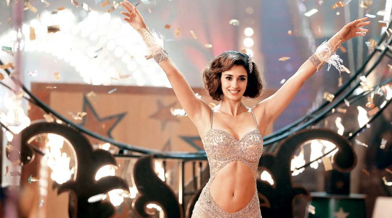 Disha Patani Age Height Instagram Twitter Hot Bikini Images