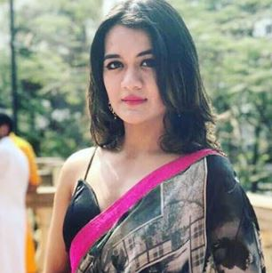 Aradhana Sharma Twitter